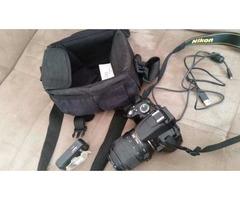 Nikon D5000, pouco usada, motivo: ganhei outro equipamento